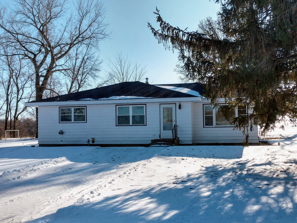 property_image - House for rent in Cokato, MN